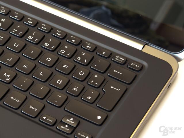 Beleuchtete Tastatur mit zu geringem Hub