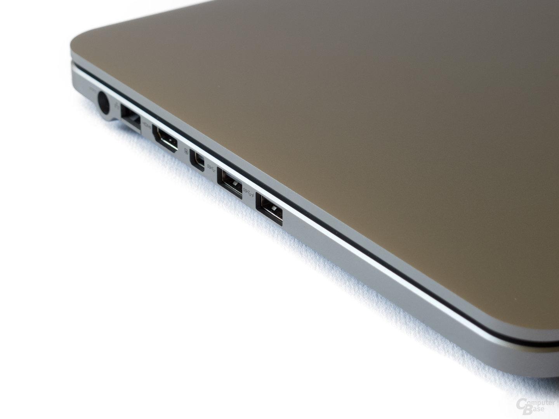 Anschlüsse links: Ethernet, HDMI, Mini-DisplayPort, USB 3.0