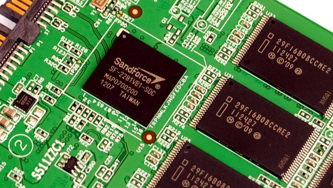 Adata XPG SX910 256 GB im Test: SandForce-SSD mit 5 Jahren Garantie