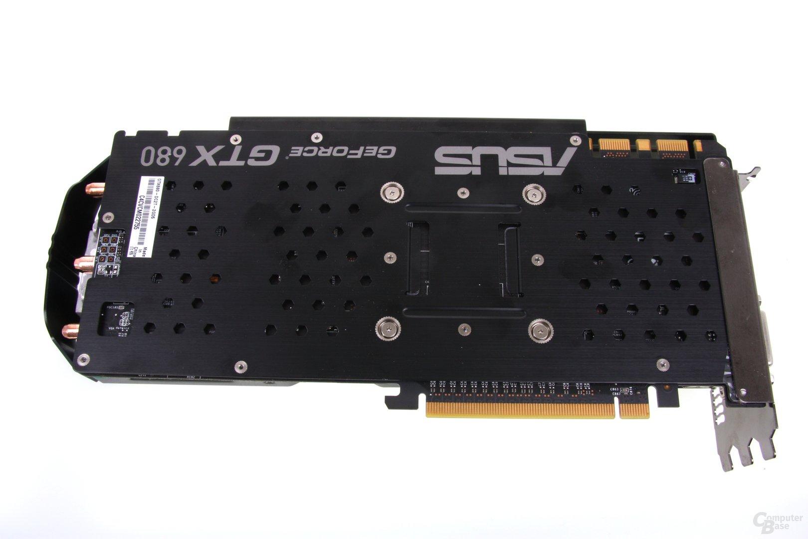 GeForce GTX 680 DCII OC Rückseite mit Backplate