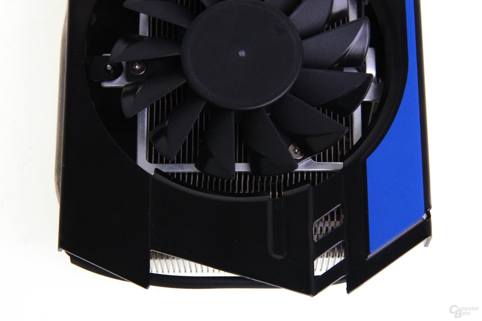 GeForce GTX 670 PE OC von oben