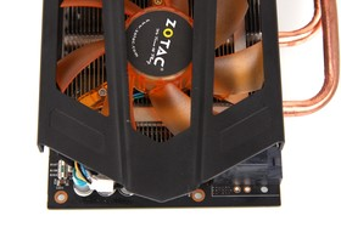 GeForce GTX 670 AMP! von oben