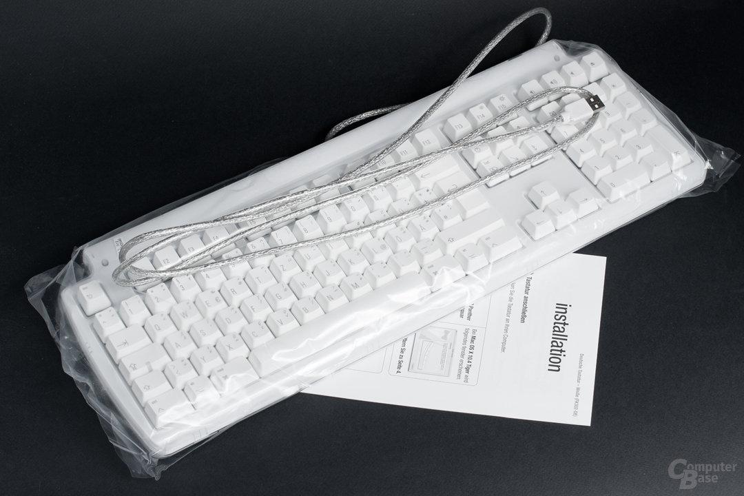 Tastatur und Anleitung bilden den Lieferumfang