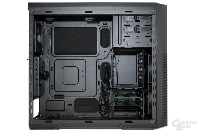 CoolerMaster Silencio 650 – Innenansicht vorne