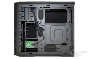 CoolerMaster Silencio 650 – Innenansicht hinten