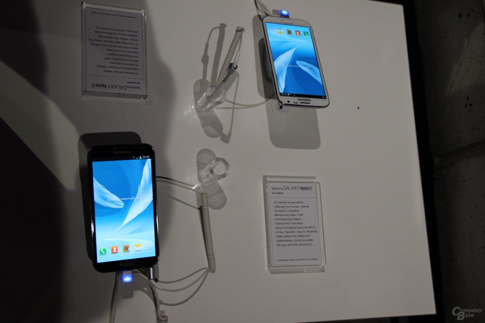 Samsung Galaxy Note II angefasst