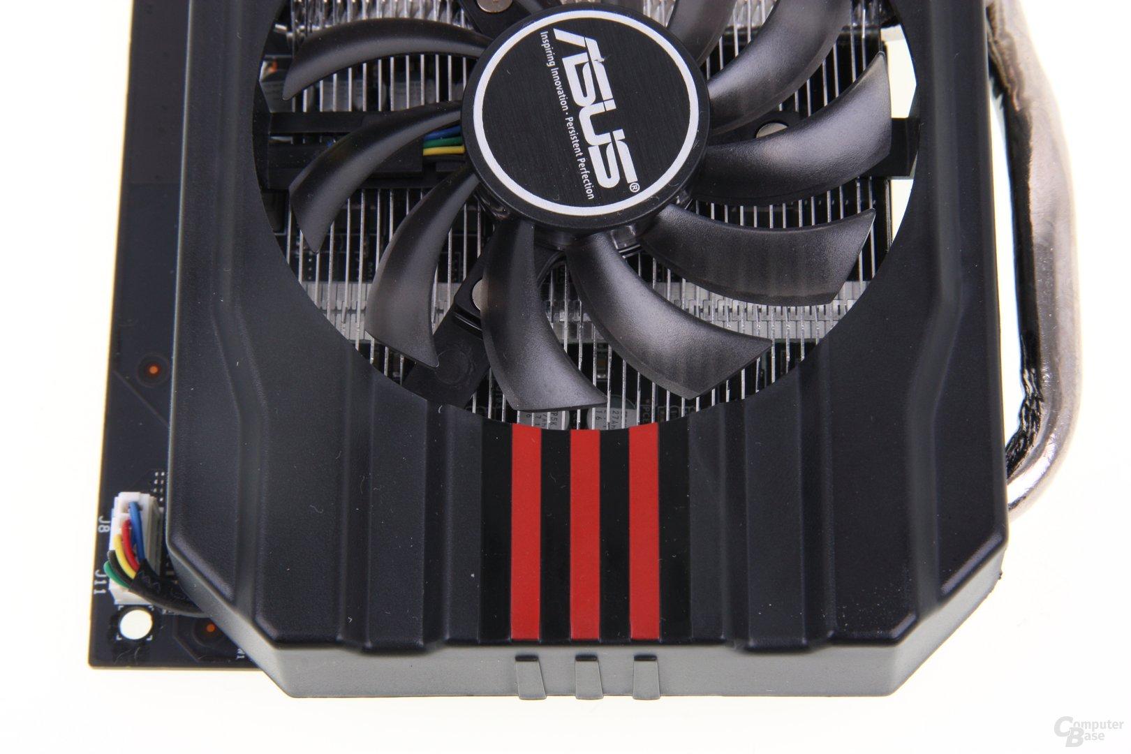 GeForce GTX 660 DCII TOP von oben