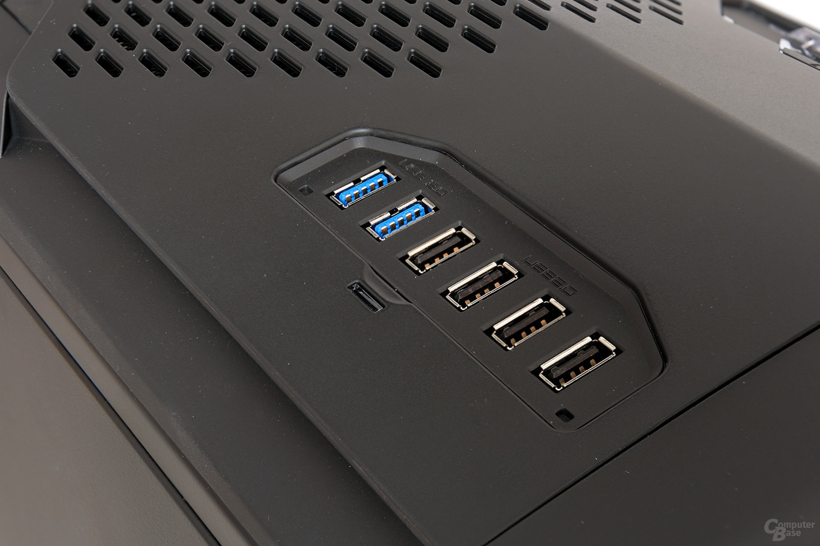 NZXT Phantom 820 – USB-Panel