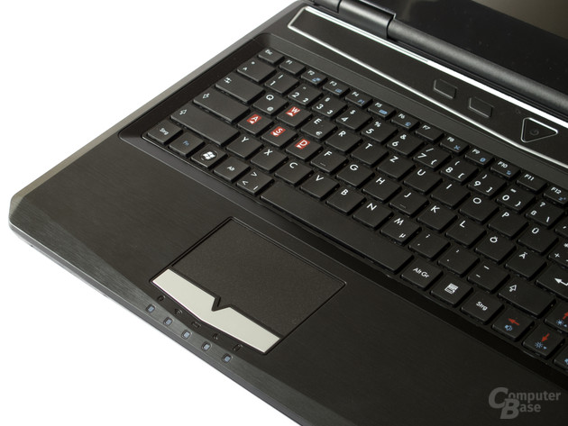 Zu kleines Touchpad, ausreichende Tastatur