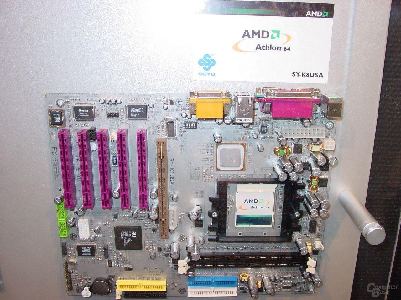 Soyo SY-K8USA mit ALi XXX Chipsatz .JPG