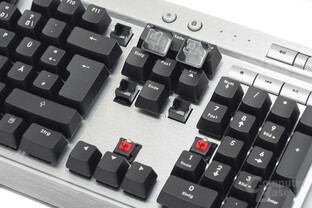 Corsair K90 – Cherry trifft Rubberdome