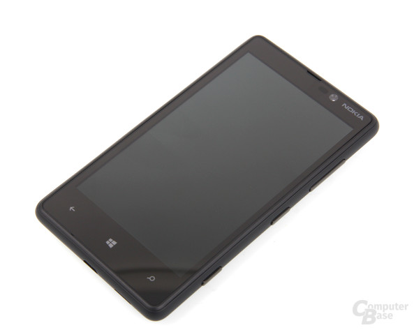 Nokia Lumia 820 Front