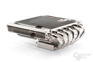 Die flache Gestalt sichert dem AXP-100 reichhaltige Einsatzoptionen