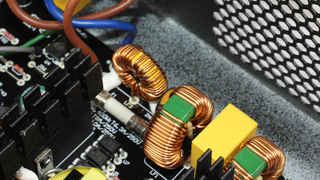 300-Watt-Netzteile im Test: be quiet!, Cougar, Enermax und LC-Power