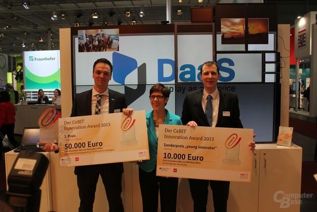 Preisträger mit Frau Annegret Kramp-Karrenbauer (Ministerpräsidentin des Saarlandes)