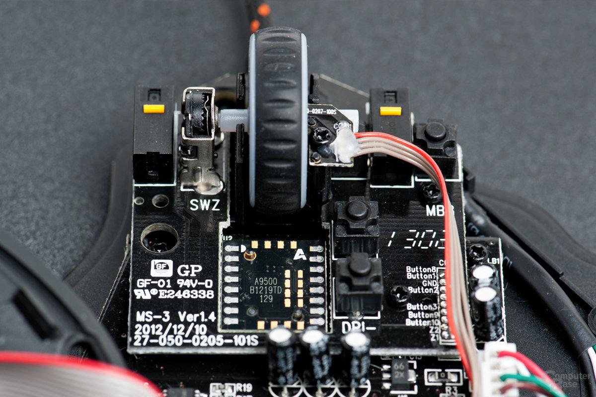 Die A9500-Sensoreinheit ist direkt hinter dem Mausrad positioniert