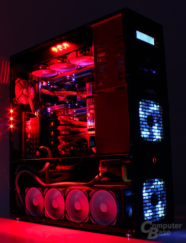 MIFcom Dual-Xeon-PC mit Quad-SLI und Wasserkühlung