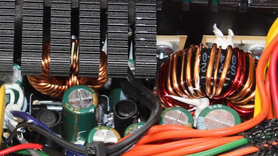 Thermaltake Smart M550W Netzteil im Test: Modular und preiswert