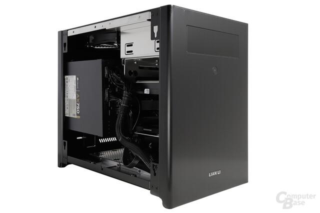 Lian Li PC-Q28 - Testsystem seitlich