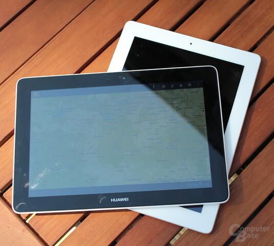 Huawei MediaPad 10 Link im Größenvergleich zum iPad