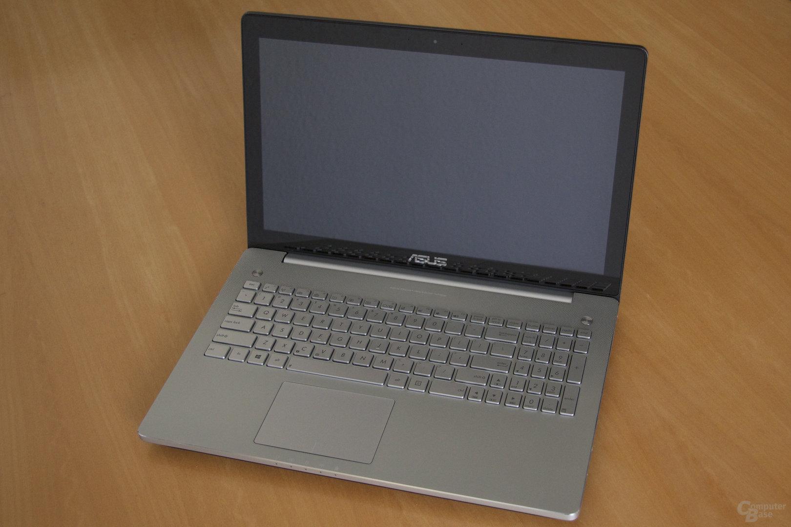 Asus N550J mit GeForce GT 750M