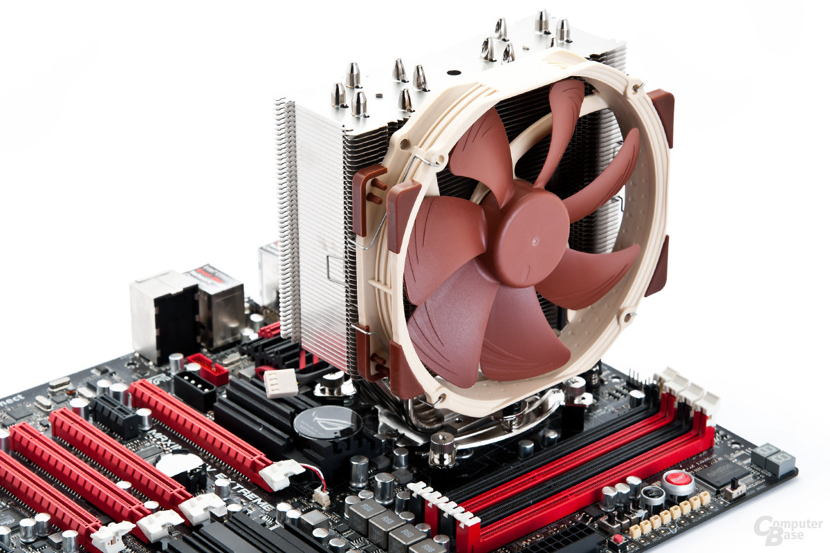 Noctua NH-U14S auf Intel Sockel 1156 montiert