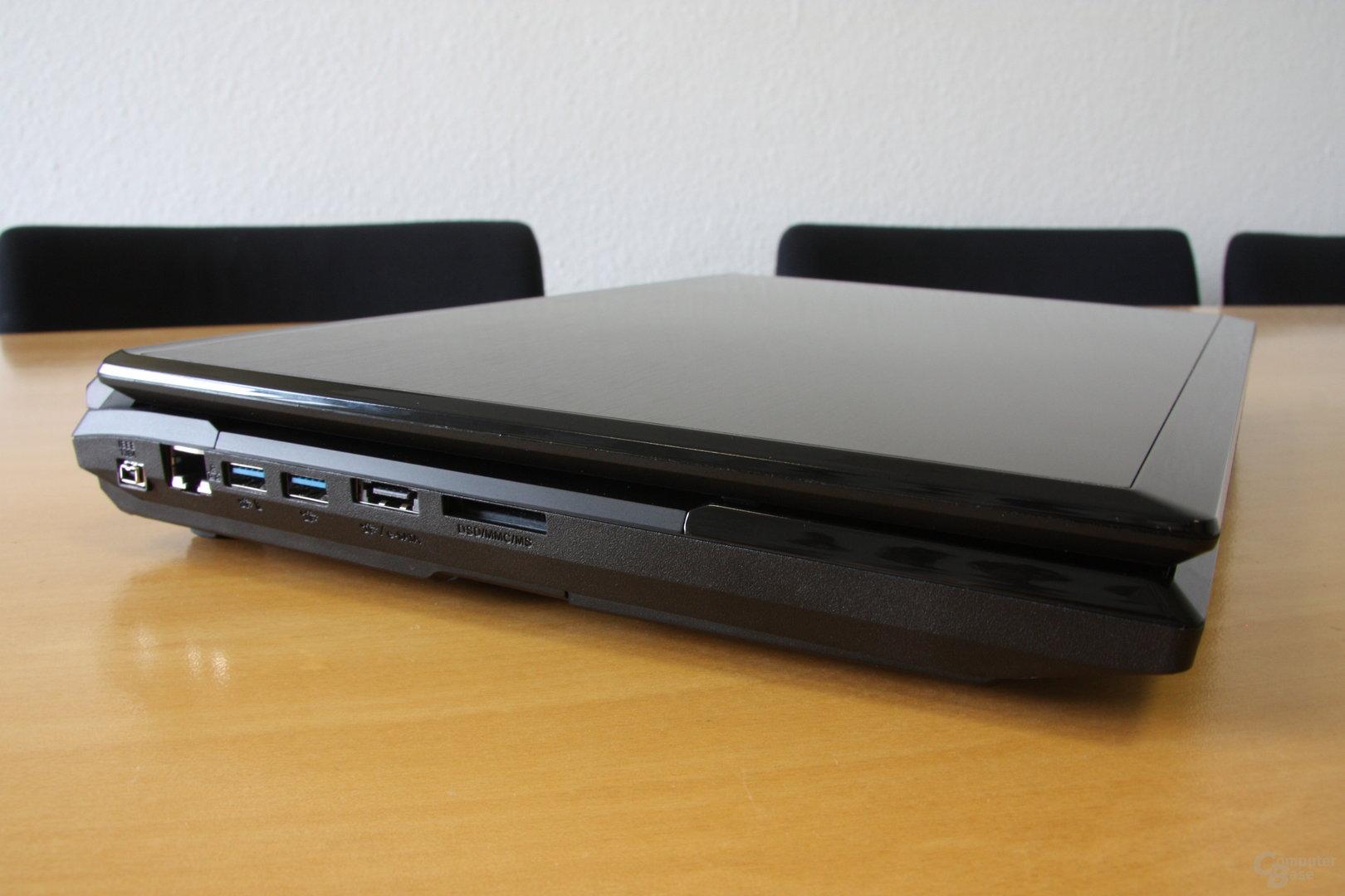 HawkForce P170SM – Anschlüsse links
