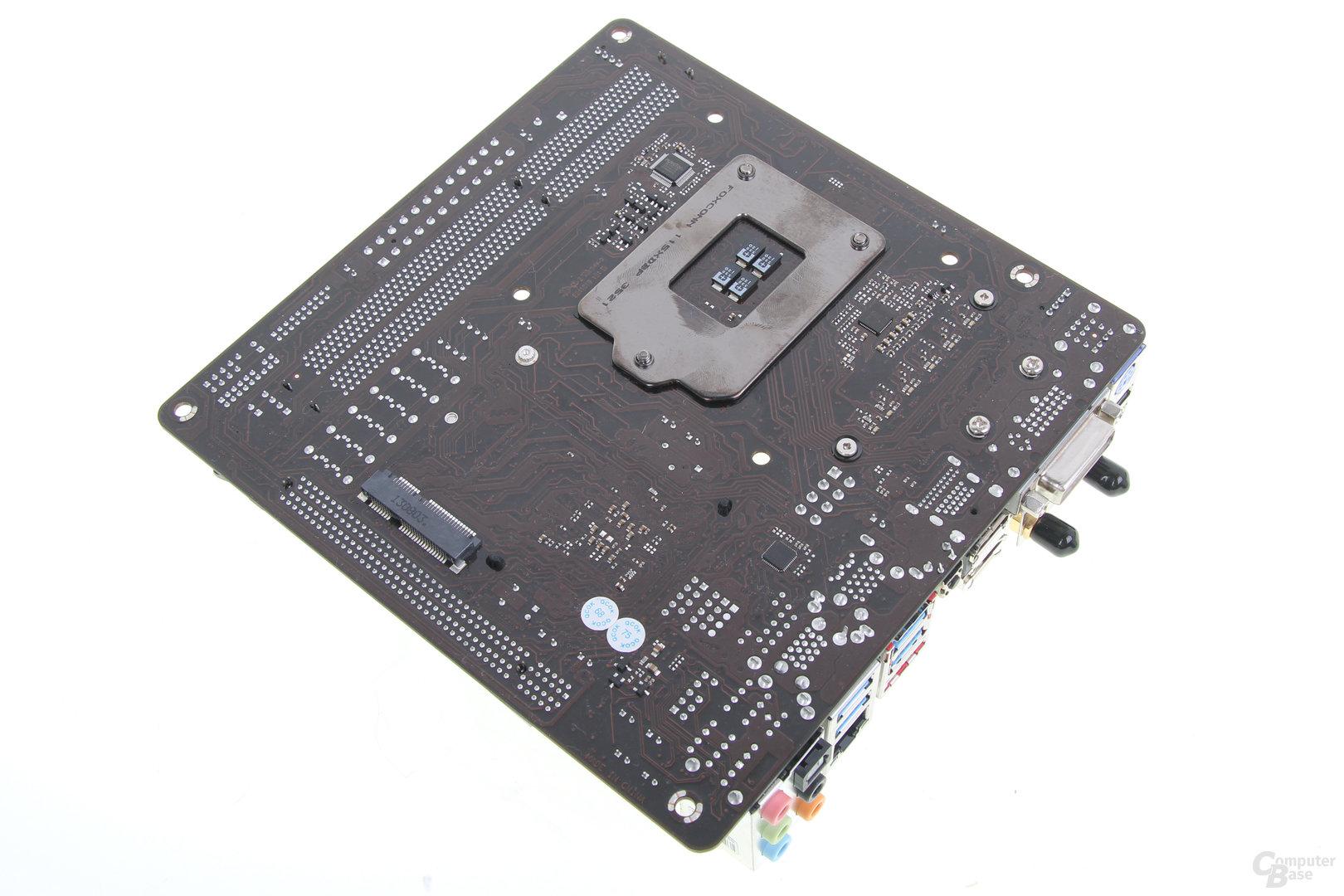 ASRock Z87E-ITX - Rückseite