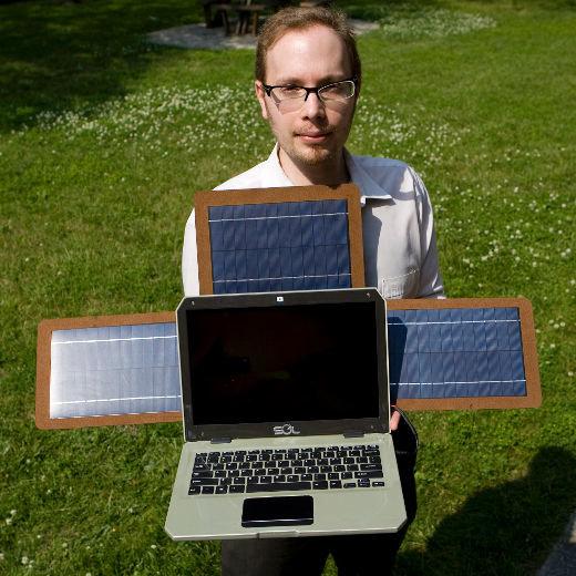 Sol-Notebook beim Aufladen