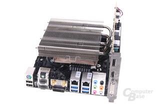 Alternativkühler auf MSI Z87I (Kühler gedreht)