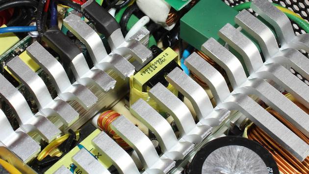 SilverStone Strider Gold Series 550W im Test: Vollmodular und kompakt