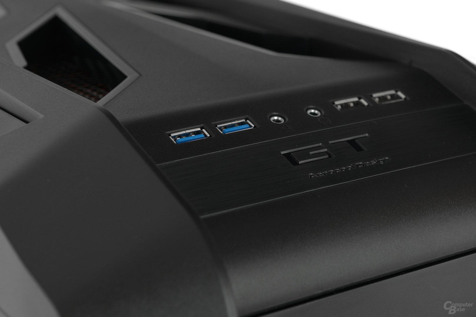 Aerocool GT-S - Frontpanel