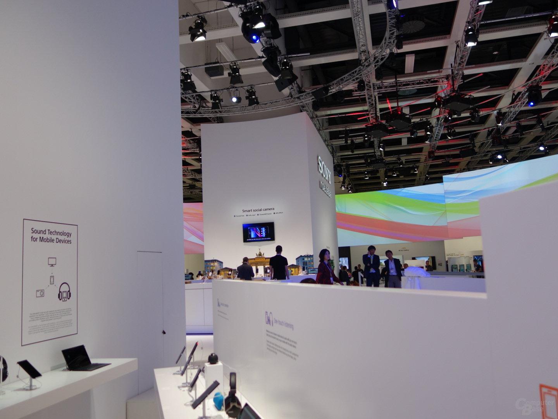 Sony Xperia Z1 – QX100