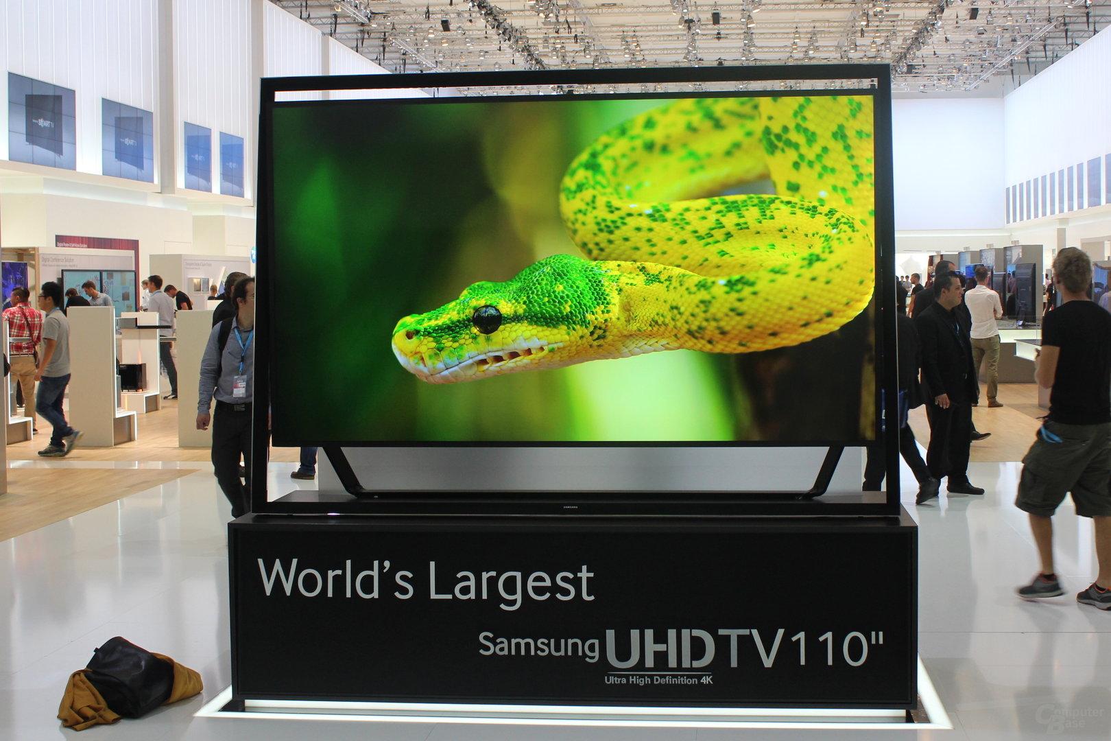 Samsung UHD-Fernseher mit 110 Zoll