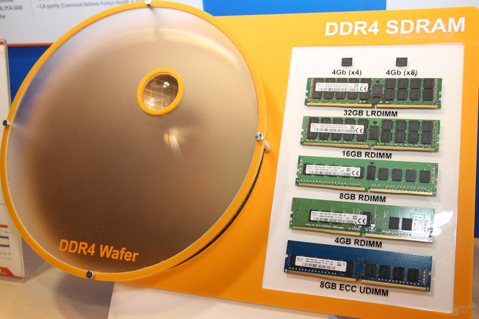 DDR4-Module + Wafer mit Speicherchips