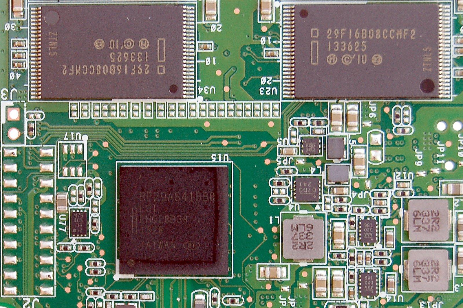 Controller und NANDs