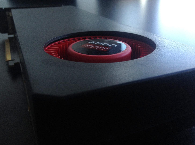 """Angebliche """"Hawaii""""-GPU basierende Grafikkarte von AMD"""