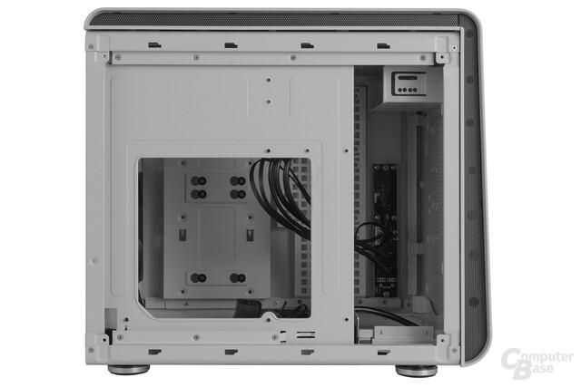 BitFenix Phenom mATX – Rückseite Innenraum