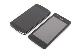 Größenvergleich mit Nexus 4