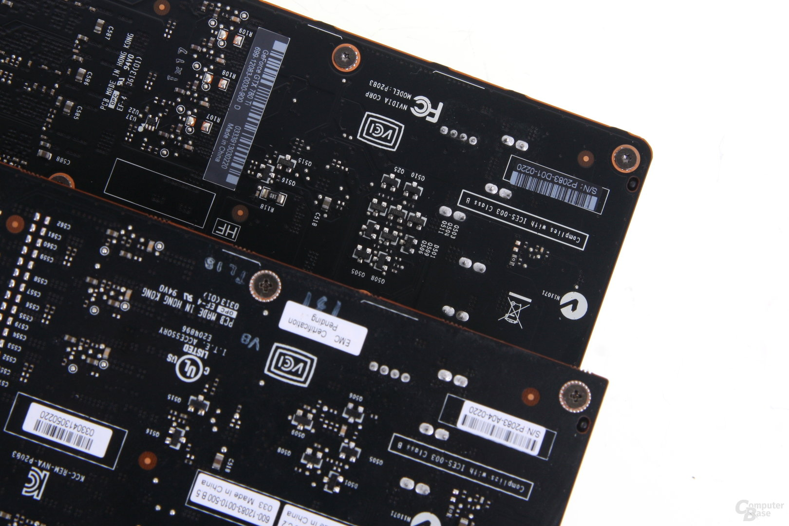 Bei der Stromversorgung weisen die PCBs Unterschiede auf