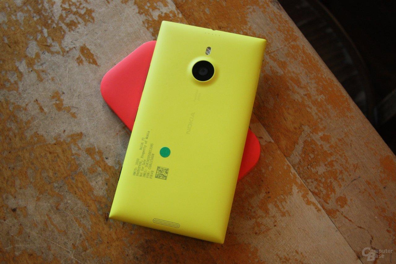 Nokia Lumia 1520 / Ladestation