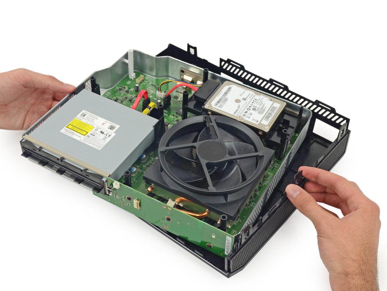 Xbox One nach Entfernen des Plastik-Gehäuses