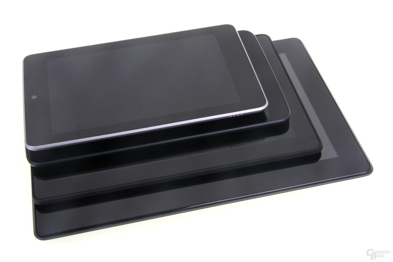 Größenvergleich: Padfone, Kindle Fire HDX 8.9, G Pad 8.3, Nexus 7
