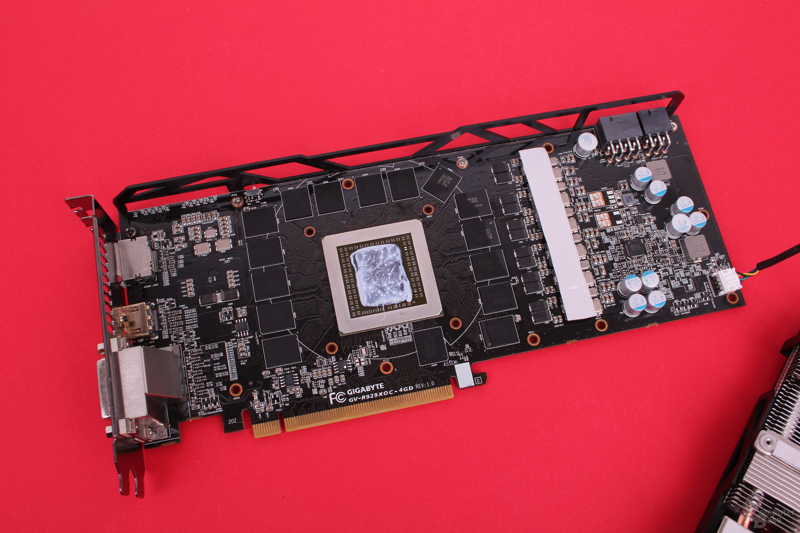 Gigabyte Radeon R9 290X WindForce - PCB ohne Kühler