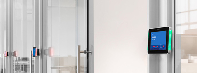 Raumbuchungssystem RoomWizard mit antibakteriellem Gorilla Glas