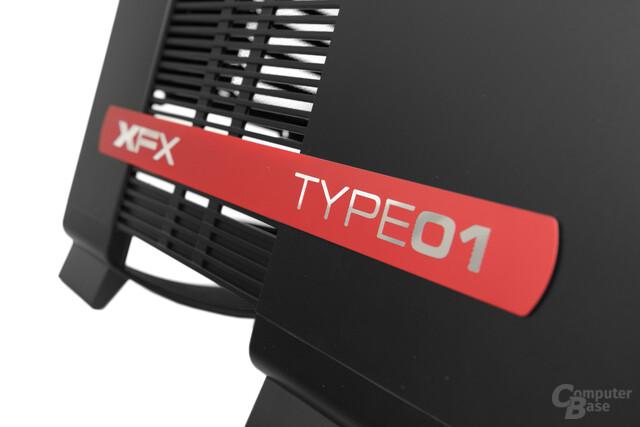 XFX Type 1 Bravo - Schriftzug