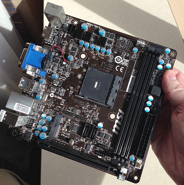 Mini-ITX-Mainboard von MSI mit Sockel FS1b