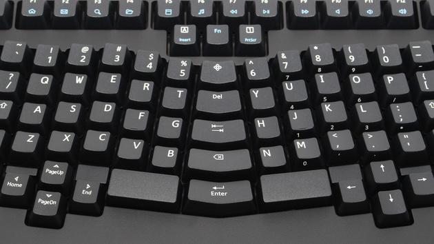 Truly Ergonomic Mechanical Keyboard im Test: Ungewohnt komfortables Tippen