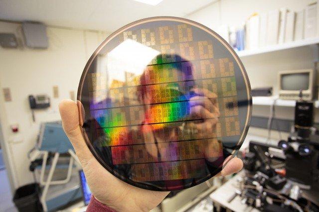 Wafer mit Graphen-Transistoren bei IBM