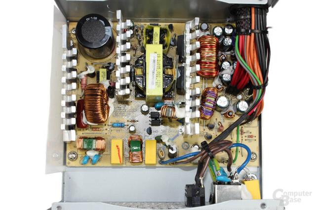 SilverStone Strider Essential - Überblick Elektronik